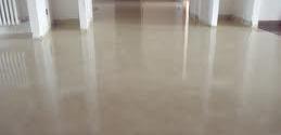 Stanco di pulire pavimenti in cui lo sporco si deposita sempre nelle fessure? Prova i Pavimenti in Resina Milano!